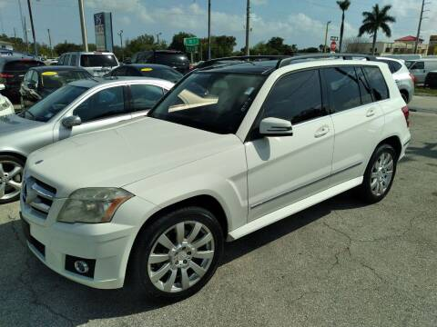 2010 Mercedes-Benz GLK for sale at P S AUTO ENTERPRISES INC in Miramar FL