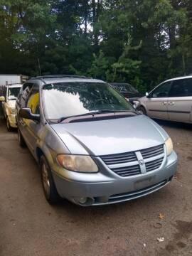 2005 Dodge Grand Caravan for sale at Cheap Auto Rental llc in Wallingford CT