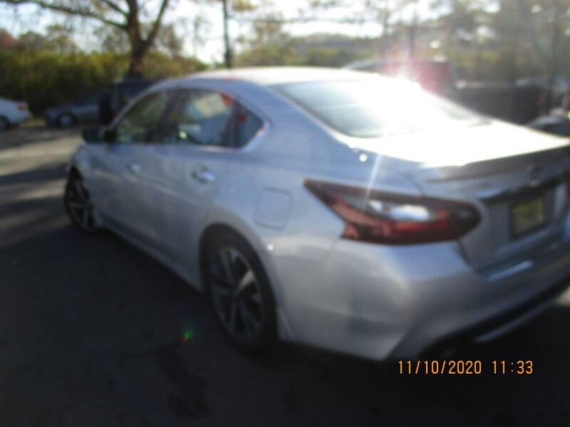 2017 Nissan Altima 2.5 SR 4dr Sedan - Newark NJ