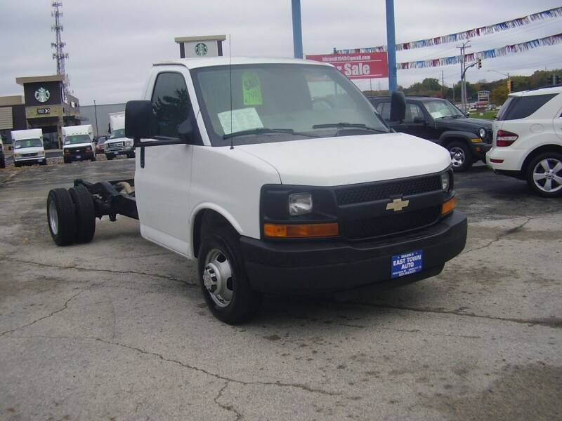 2006 Chevrolet Express Cutaway for sale at East Town Auto in Green Bay WI