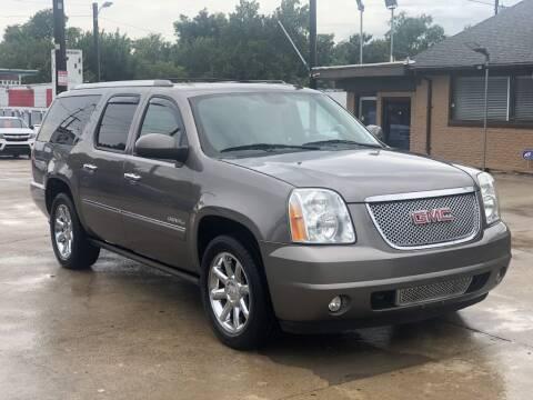 2013 GMC Yukon XL for sale at Safeen Motors in Garland TX
