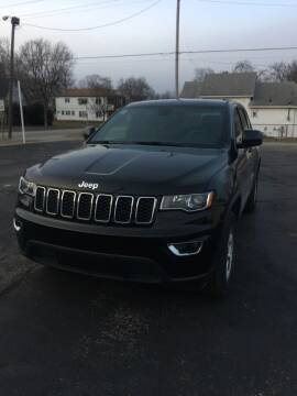 2017 Jeep Grand Cherokee for sale at Mike Hunter Auto Sales in Terre Haute IN