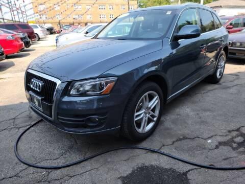 2009 Audi Q5 for sale at SAM'S AUTO SALES in Chicago IL