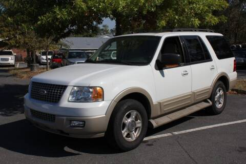 2005 Ford Expedition for sale at Auto Bahn Motors in Winchester VA
