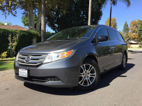 2013 Honda Odyssey for sale at Valley Coach Co Sales & Lsng in Van Nuys CA