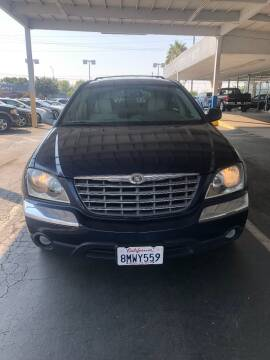 2005 Chrysler Pacifica for sale at Auto Outlet Sac LLC in Sacramento CA