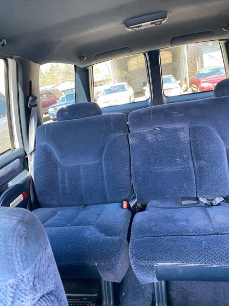 1996 Chevrolet Tahoe LS 4dr SUV - Ramsey MN