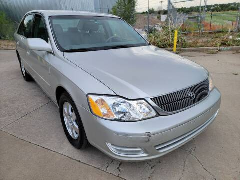 2001 Toyota Avalon for sale at Red Rock's Autos in Denver CO