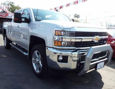 2015 Chevrolet Silverado 2500HD for sale at 559 Motors in Fresno CA