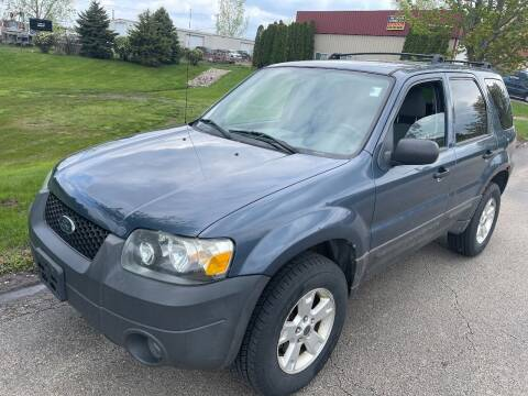 2005 Ford Escape for sale at Luxury Cars Xchange in Lockport IL