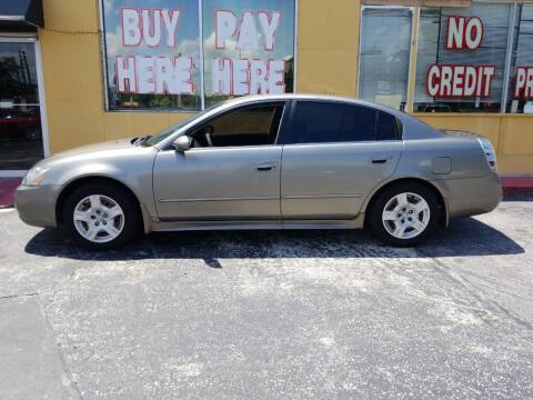 2003 Nissan Altima for sale at BSS AUTO SALES INC in Eustis FL