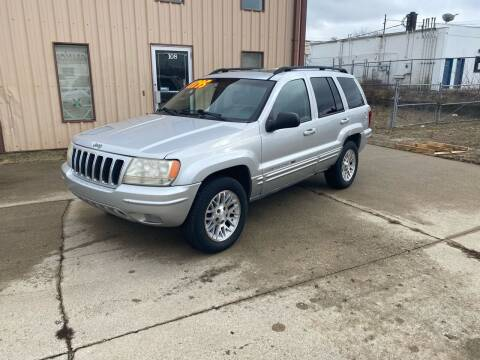 2002 Jeep Grand Cherokee for sale at Walker Motors in Muncie IN