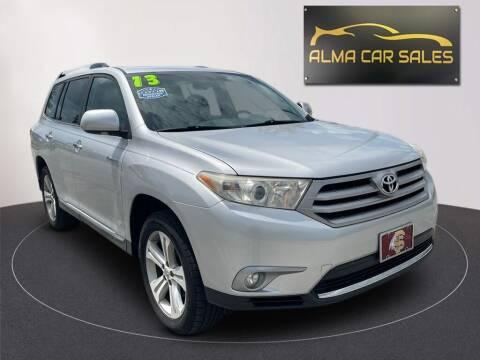 2013 Toyota Highlander for sale at Alma Car Sales in Miami FL