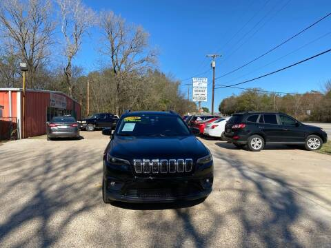 2019 Jeep Cherokee for sale at MENDEZ AUTO SALES in Tyler TX