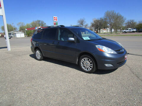 2009 Toyota Sienna for sale at Padgett Auto Sales in Aberdeen SD