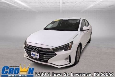 2020 Hyundai Elantra for sale at Crown Automotive of Lawrence Kansas in Lawrence KS