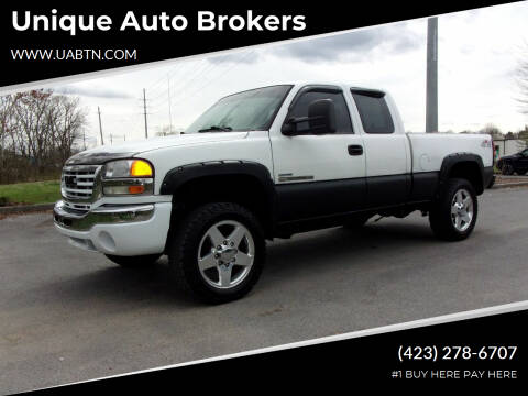 2006 GMC Sierra 2500HD for sale at Unique Auto Brokers in Kingsport TN