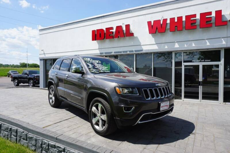 2016 Jeep Grand Cherokee for sale at Ideal Wheels in Sioux City IA