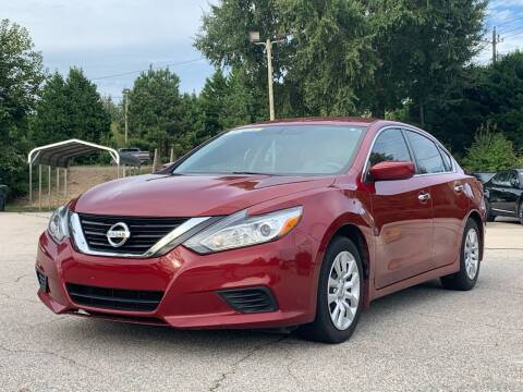 2017 Nissan Altima for sale at GR Motor Company in Garner NC