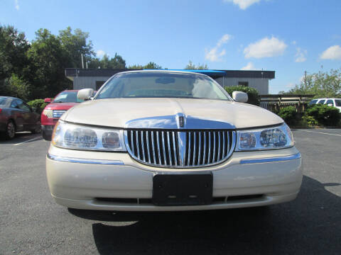 2000 Lincoln Town Car for sale at Olde Mill Motors in Angier NC