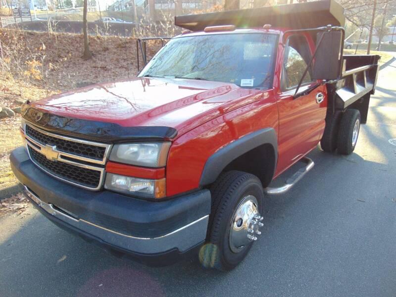 2006 Chevrolet Silverado 3500 for sale at LA Motors in Waterbury CT