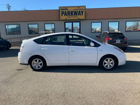 2009 Toyota Prius for sale at Parkway Motors in Springfield IL