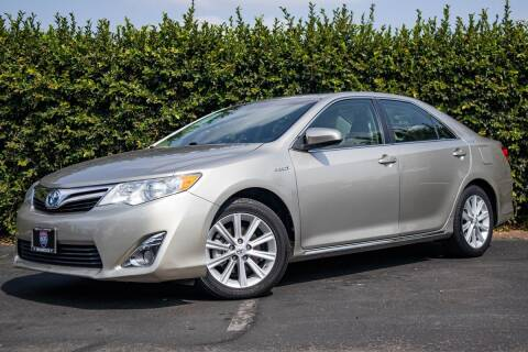 2013 Toyota Camry Hybrid for sale at Southern Auto Finance in Bellflower CA