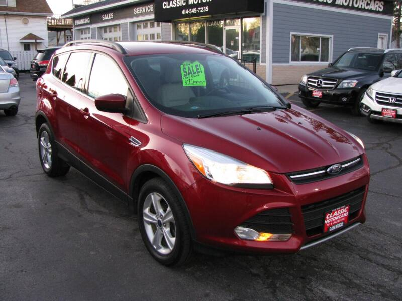 2014 Ford Escape for sale at CLASSIC MOTOR CARS in West Allis WI
