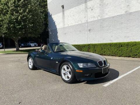2000 BMW Z3 for sale at Select Auto in Smithtown NY