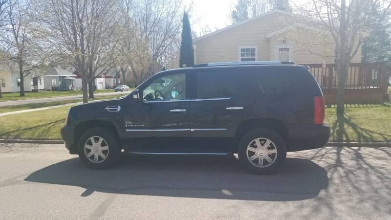 2007 Cadillac Escalade for sale at STERLING MOTORS in Watertown SD
