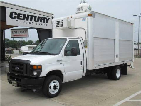 2011 Ford E-Series Chassis for sale at CENTURY TRUCKS & VANS in Grand Prairie TX