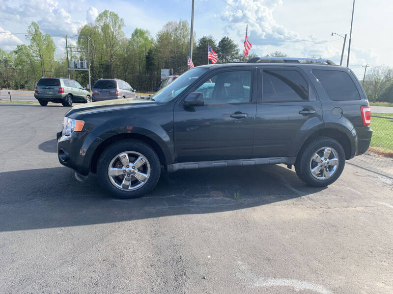 2009 Ford Escape for sale at Doug White's Auto Wholesale Mart in Newton NC