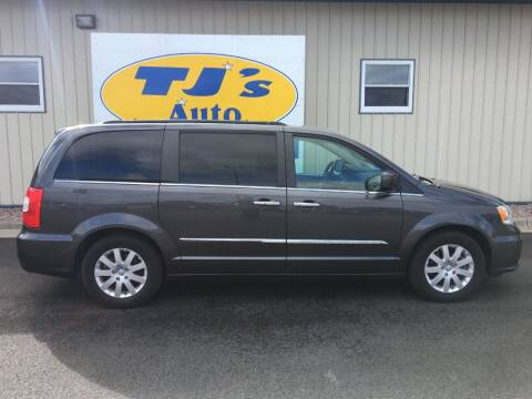 2015 Chrysler Town and Country for sale at TJ's Auto in Wisconsin Rapids WI