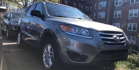 2012 Hyundai Santa Fe for sale at OFIER AUTO SALES in Freeport NY