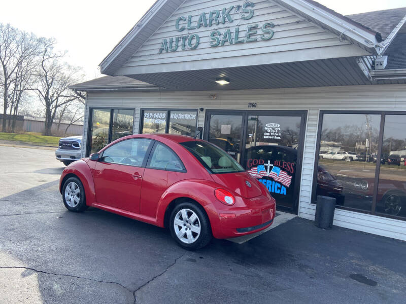 2007 Volkswagen New Beetle for sale at Clarks Auto Sales in Middletown OH