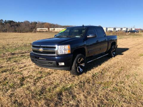 2011 Chevrolet Silverado 1500 for sale at Unique Auto Sales in Knoxville TN