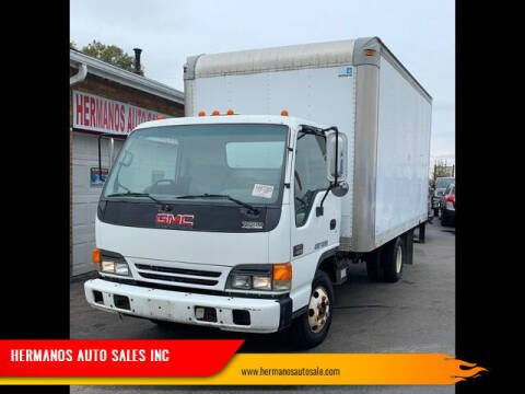 2005 GMC W4500 for sale at HERMANOS AUTO SALES INC in Hamilton OH