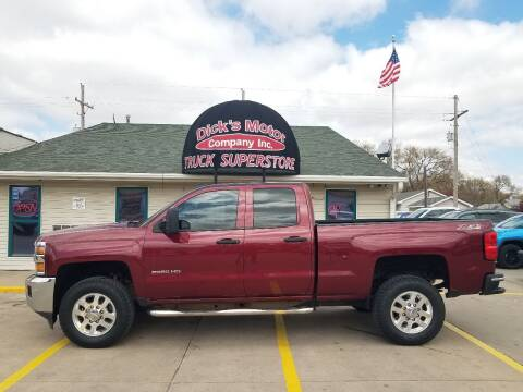 2015 Chevrolet Silverado 2500HD for sale at DICK'S MOTOR CO INC in Grand Island NE