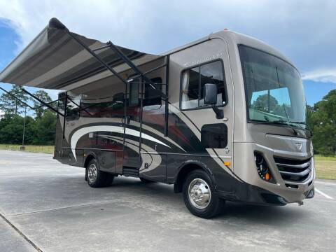 2015 Fleetwood Flair 26D, Gas, Slide Out for sale at Top Choice RV in Spring TX