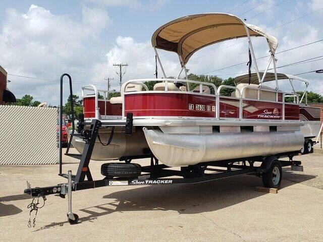2018 SUN TRACKER OTHER for sale at Tyler Car  & Truck Center in Tyler TX