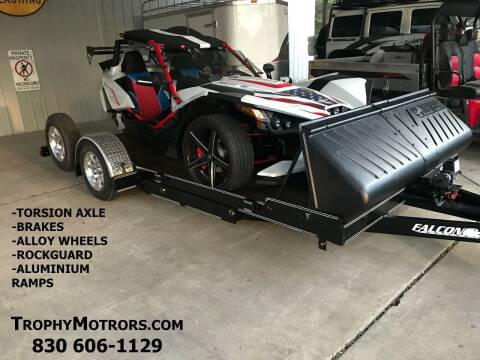 FALCON 15' SLINGSHOT TRAILER for sale at Trophy Trailers in New Braunfels TX