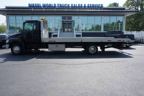 2008 Hino HINO 258 for sale at Diesel World Truck Sales - Dump Truck in Plaistow NH