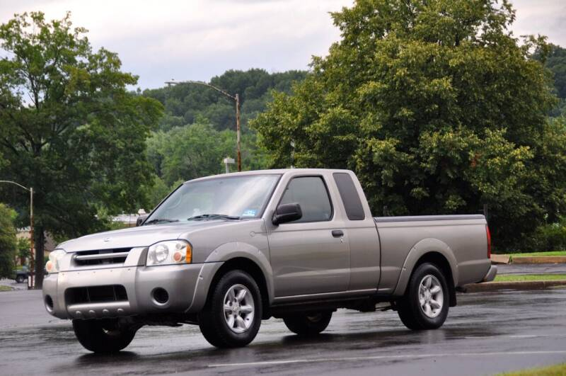 2004 Nissan Frontier for sale at T CAR CARE INC in Philadelphia PA