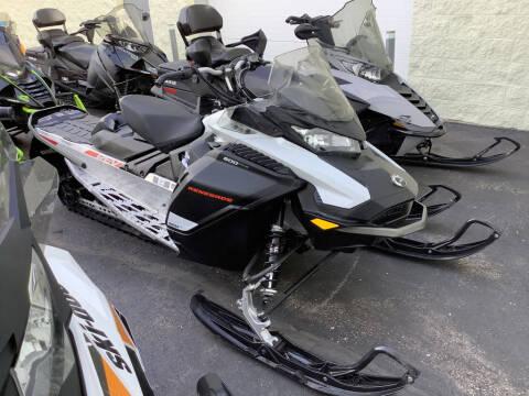 2020 Ski-Doo Renegade® Sport REV®