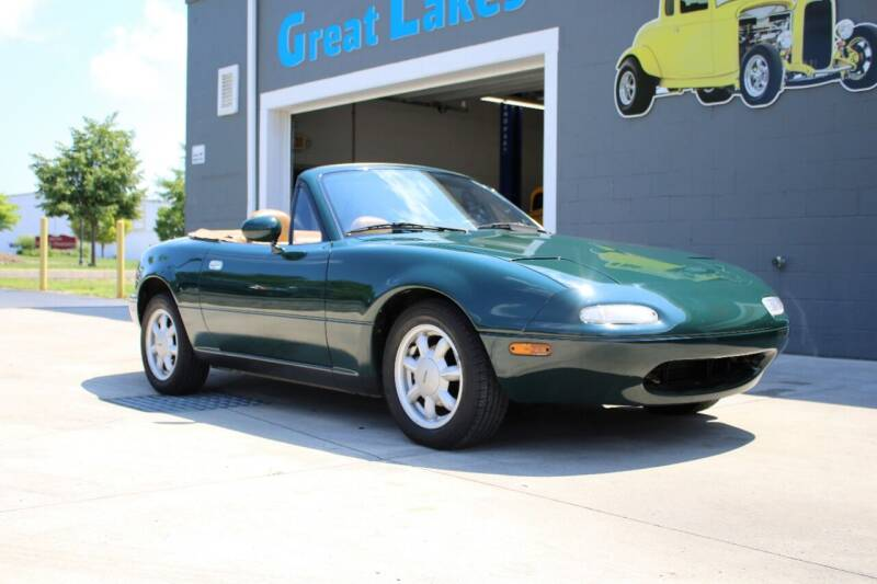 1991 Mazda MX-5 Miata for sale at Great Lakes Classic Cars & Detail Shop in Hilton NY