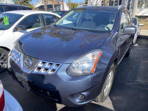 2014 Nissan Rogue Select for sale at CLASSIC MOTOR CARS in West Allis WI