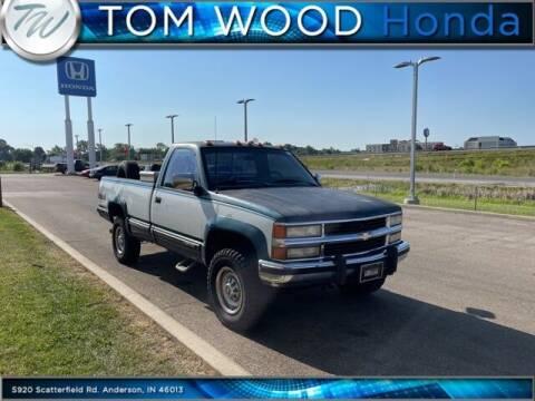 1990 Chevrolet C/K 2500 Series for sale at Tom Wood Honda in Anderson IN