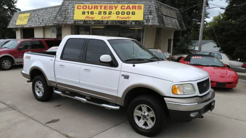 2003 Ford F-150 for sale at Courtesy Cars in Independence MO