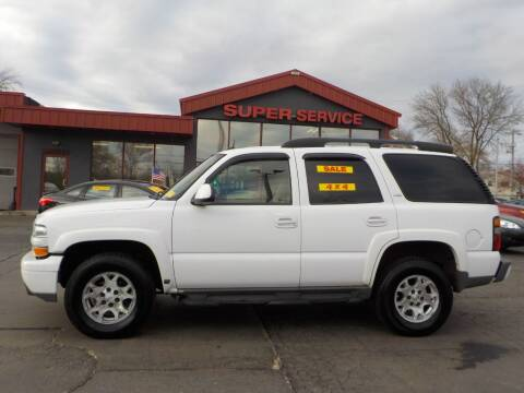 2005 Chevrolet Tahoe for sale at Super Service Used Cars in Milwaukee WI
