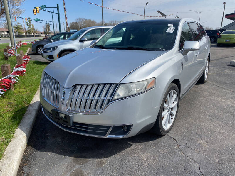 2010 Lincoln MKT for sale at Right Place Auto Sales in Indianapolis IN